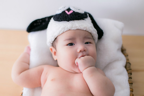 1 month baby girl photo
