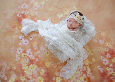 Artistic newborn baby shoot