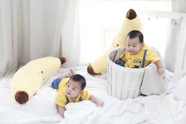 twin baby boy photography